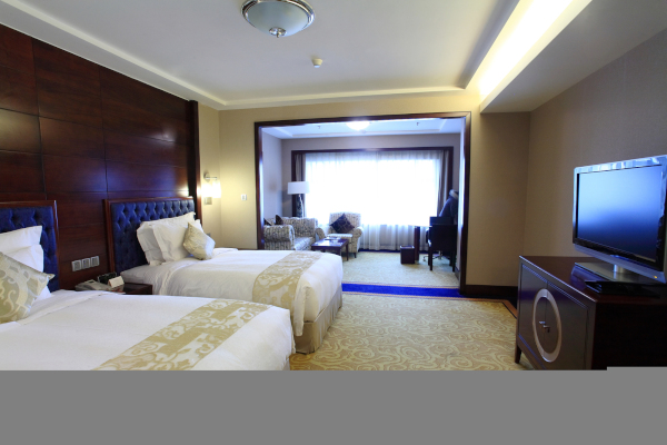 Satellite TV for Hotels Offered by Sun Comm Technologies  Call 505-424-7223 for Quote Today!